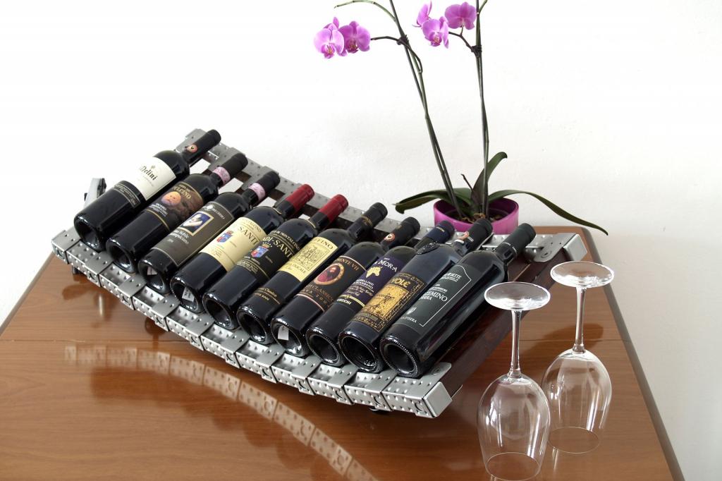 Espositore vini in acciaio inox e legno for Poli arredamenti