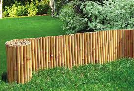 Bordura in rotolo per aiuole giardino in legno di pino nordico diametro 5 cm h20cm l250cm - Cordoli in legno per giardino ...