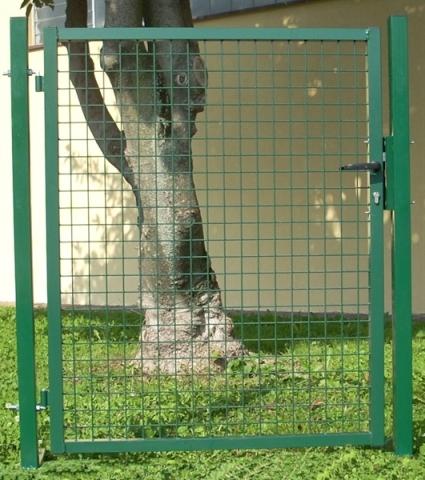 Cancello garden con rete saldata 50x50x4 mm telaio 35 for Prezzo del ferro vecchio al kg