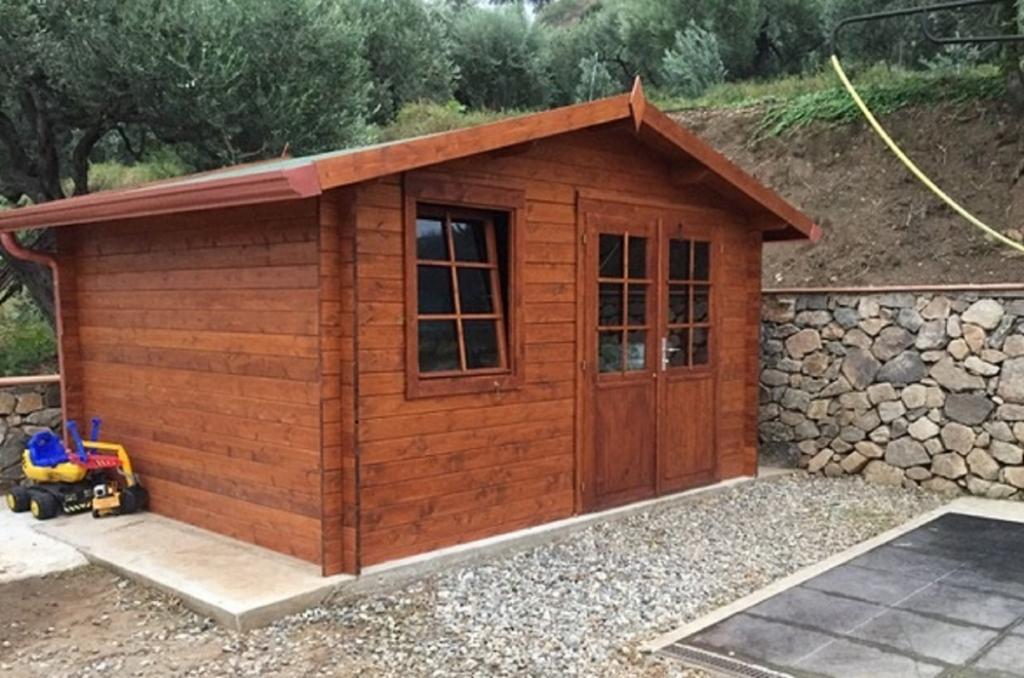 Casetta da giardino in legno d 39 abete nordico 28mm cm - Casetta di legno per giardino ...