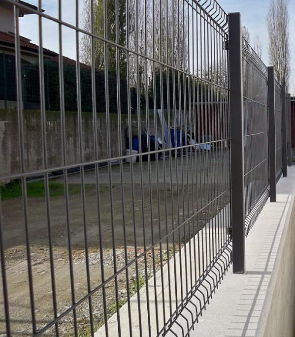 Pannello recinzione modulare cancellata rete metallica for Rete stirata per cancelli
